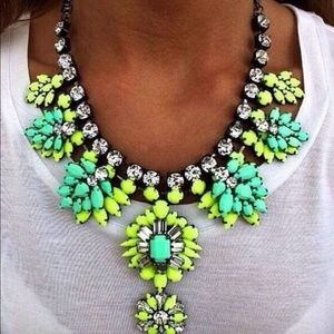 Jewelry - Green and blue statement necklace